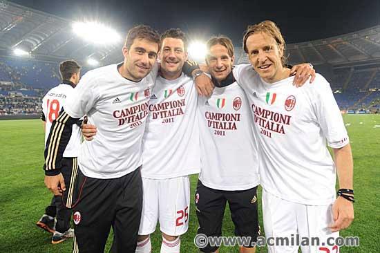 Foto Foto AC Milan Merayakan Scudetto Part I